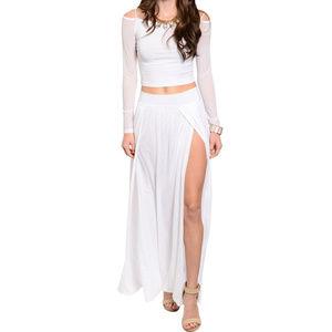 🆕 White 2 Pieces Top & Skirt Set
